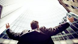 成果報酬型アフィリエイトは稼げるか?